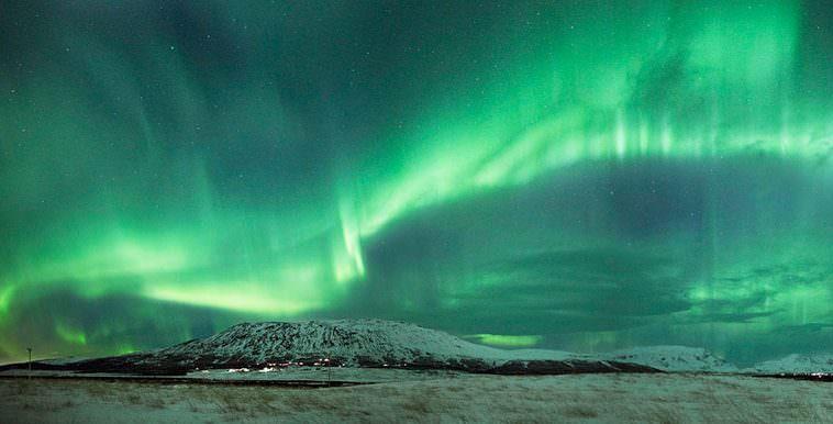 Northern Lights Hunt In Iceland