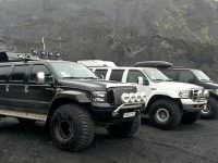 Super Jeeps Near Gigjokull