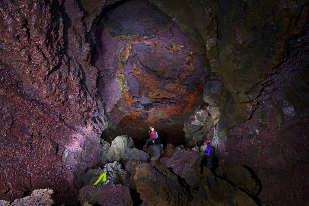 Vidgemlir cave in West Iceland