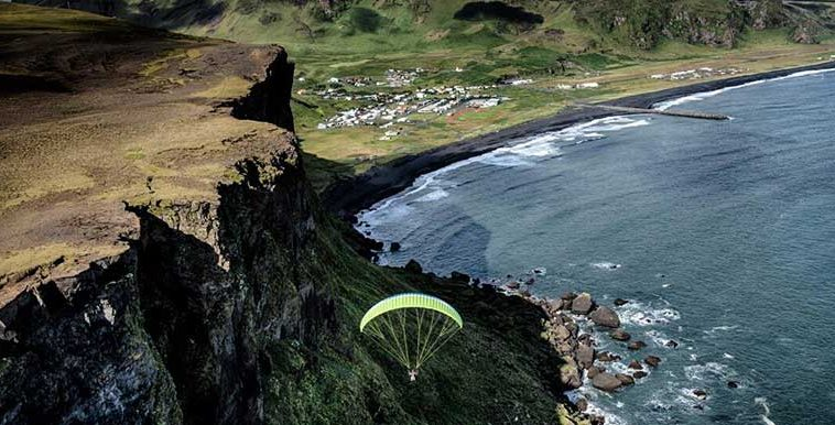 Paragliding Iceland South Coast