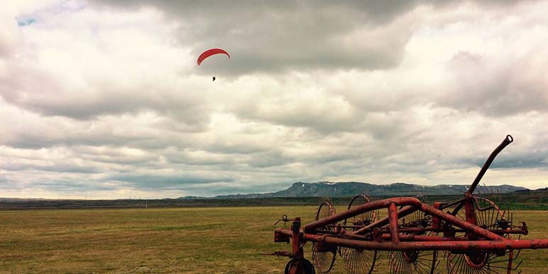 Paragliding Tour In Reykjavik