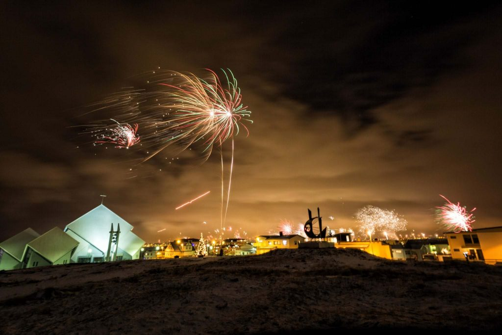 fireworks new years eve Iceland